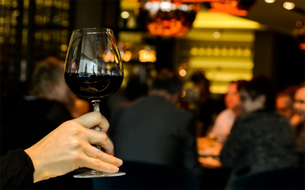 How to order wine as an Expat.